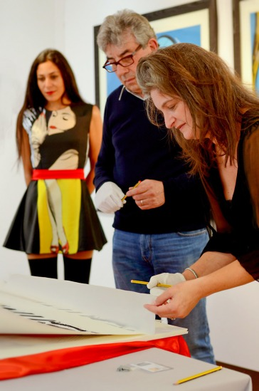 Deborah Azzopardi, Christie's Signing, 18Oct2013, photo by Cristina Schek (13)