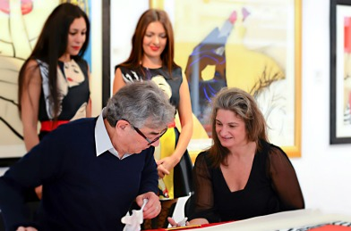 Deborah Azzopardi, Christie's Signing, 18Oct2013, photo by Cristina Schek (19)