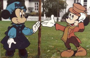 Deborah Azzopardi Disney Wonderland (2)